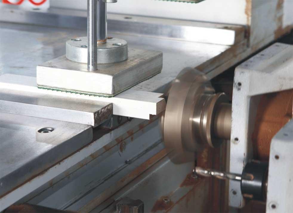 Fitur Door Frame Machining Center